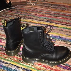Women's Dr.Martens 1460s sz us7 uk4 eu37